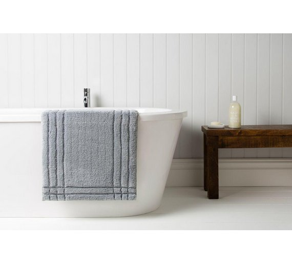Buy christy medium bath mat silver at your for Bathroom accessories argos