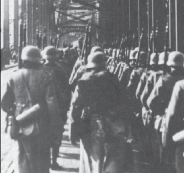Besetzung der entmilitarisierten Zone des Rheinlandes.
