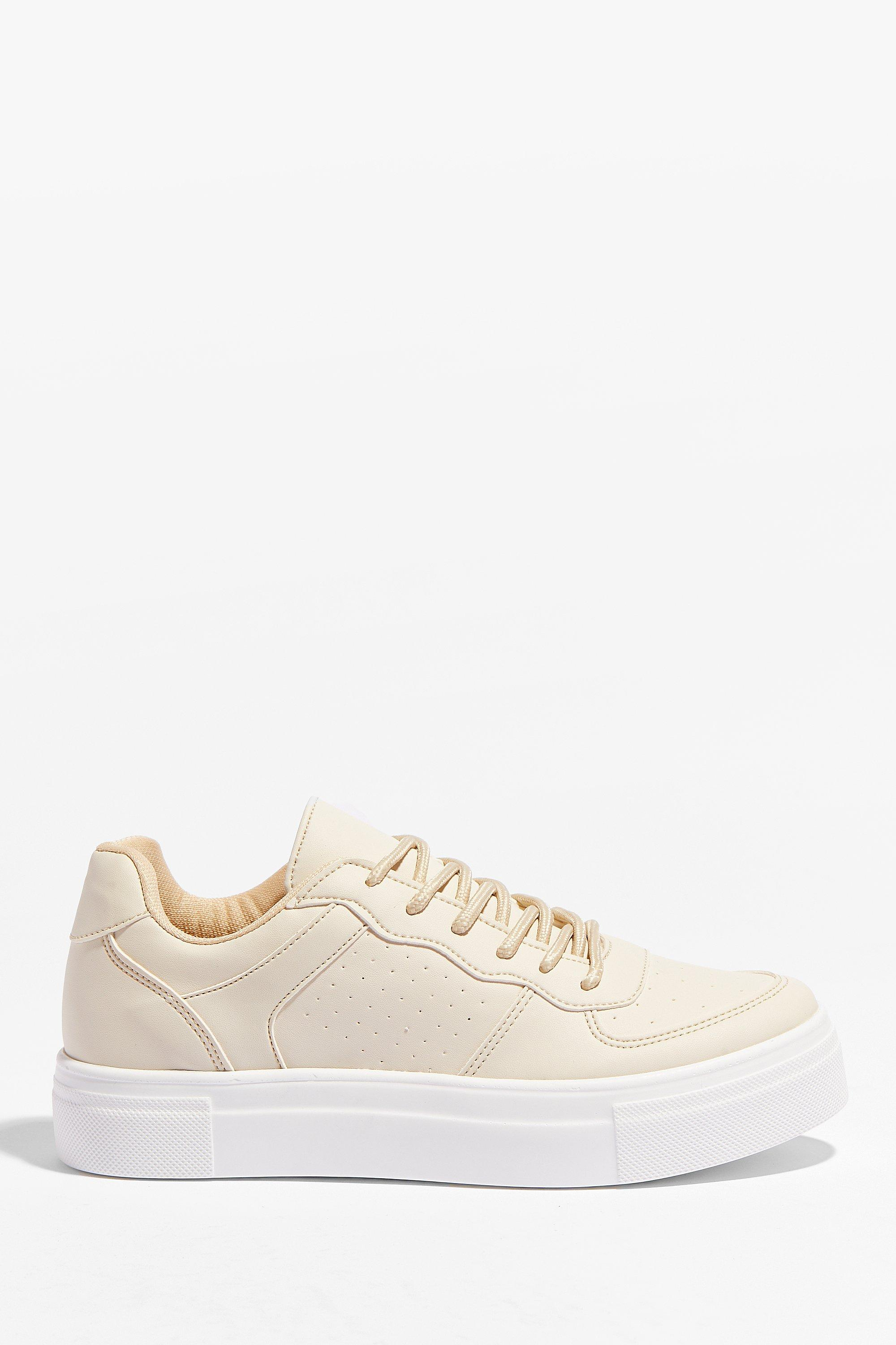 Image of Womens Faux leather flatform lace up sneakers - Nude