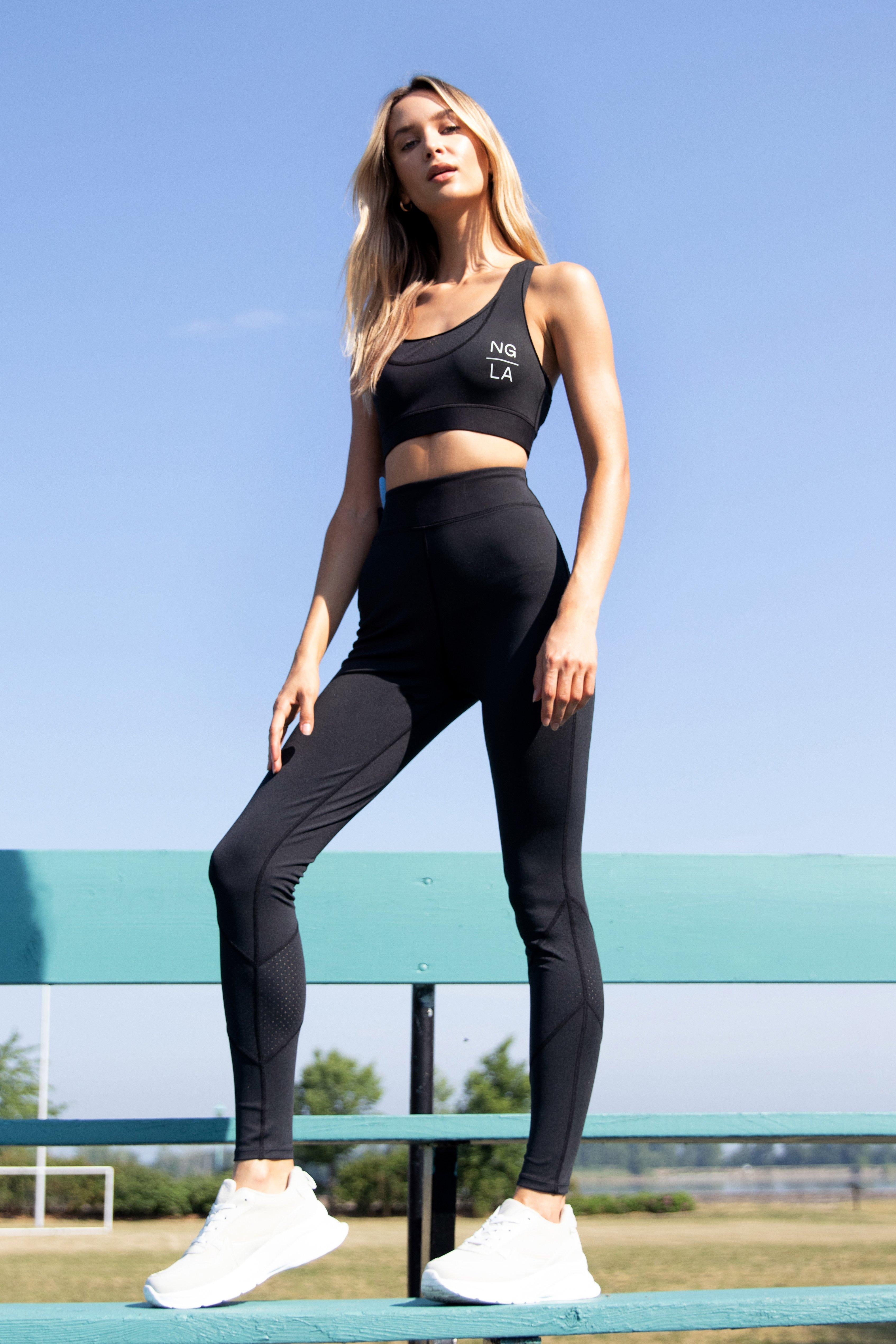 Image of Womens Cut Straight to It Workout Leggings - Black