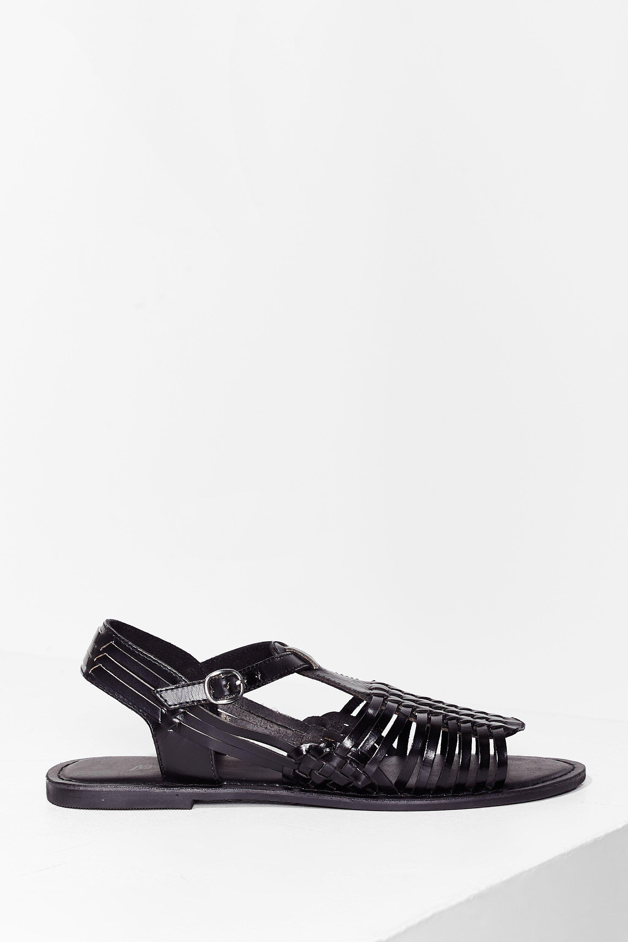 Image of Womens Strappy Together Leather Woven Sandals - Black