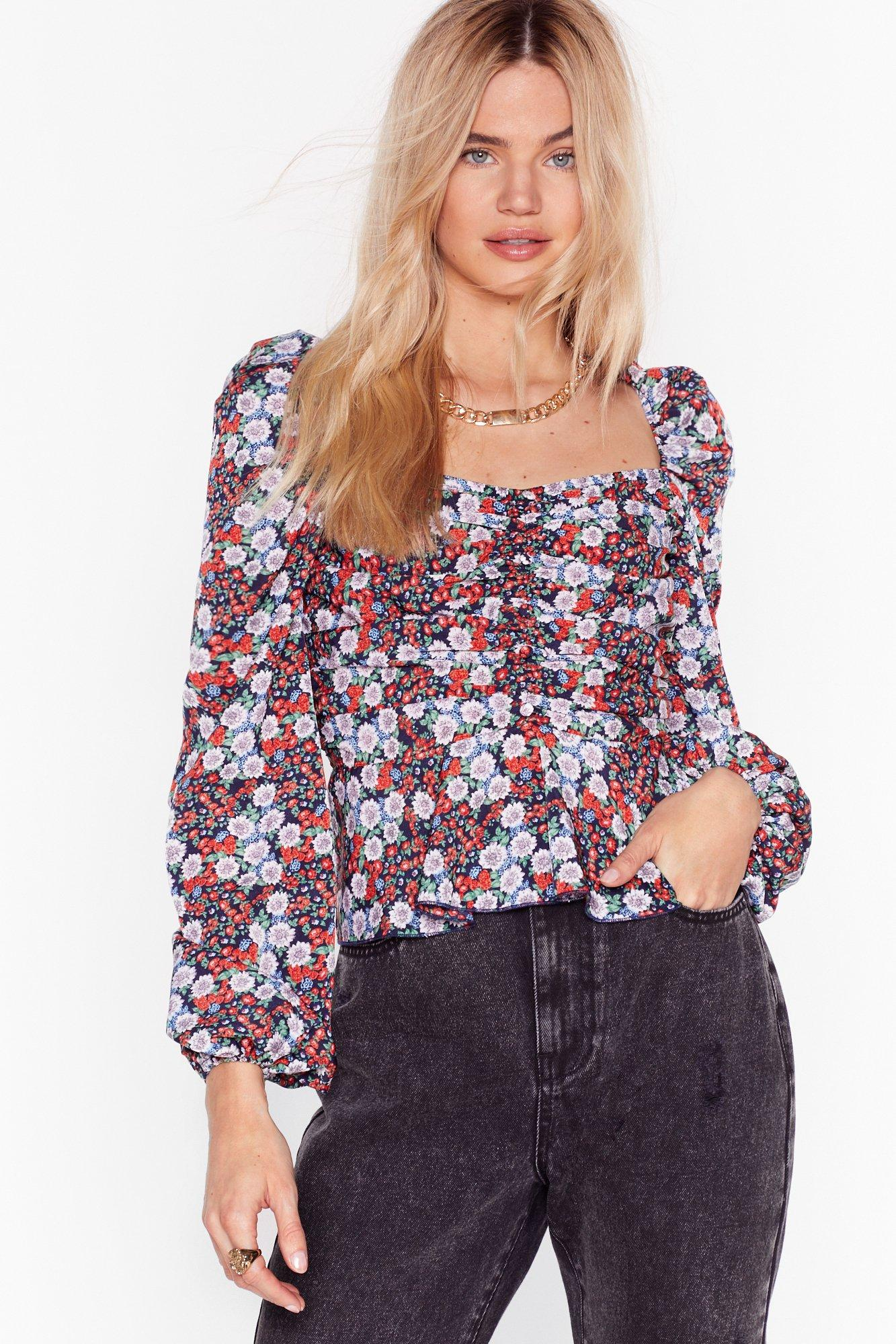 Image of Fresh as a Daisy Floral Ruched Blouse