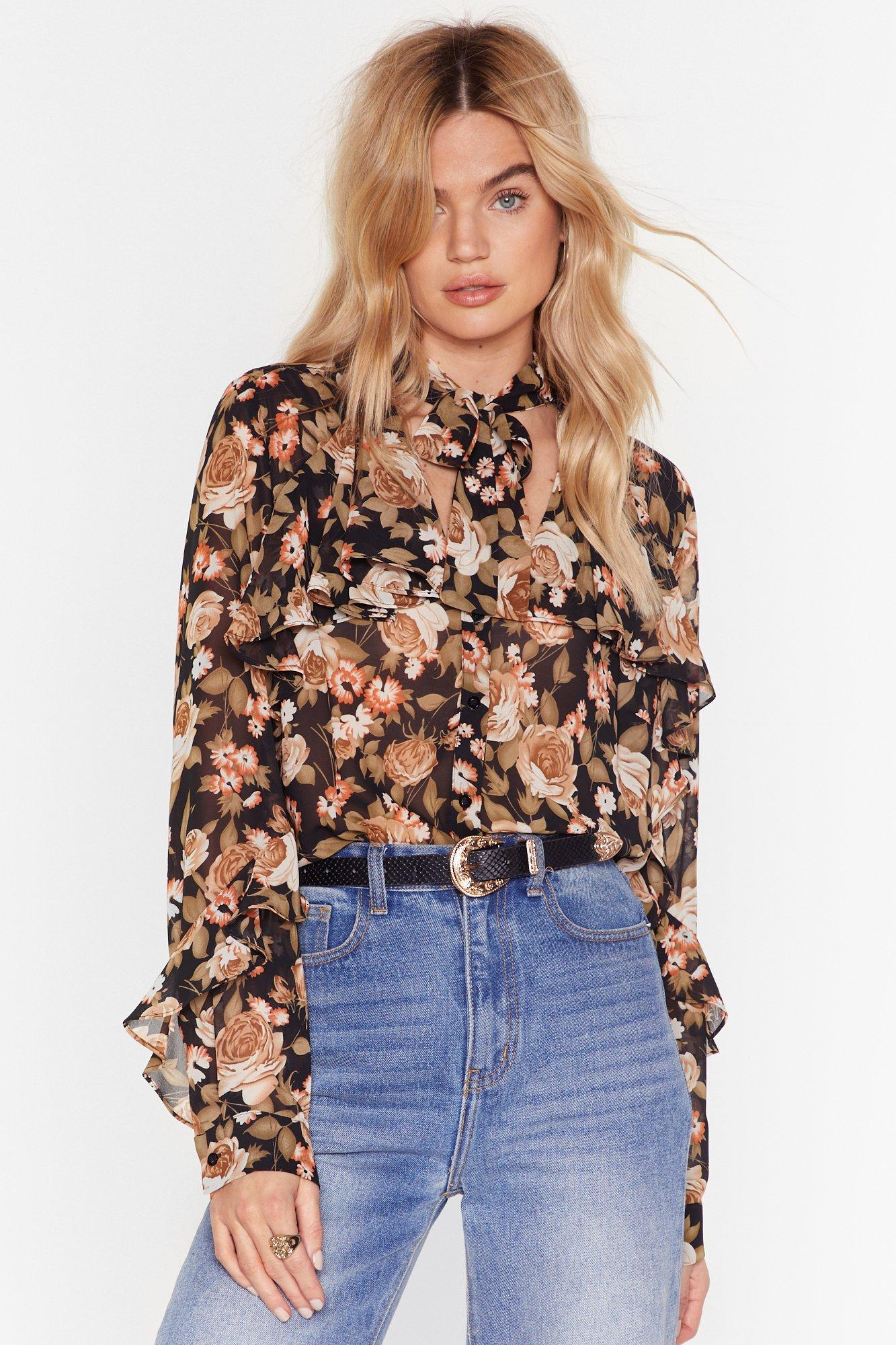 Image of Don't Grow How She Does It Floral Pussybow Blouse