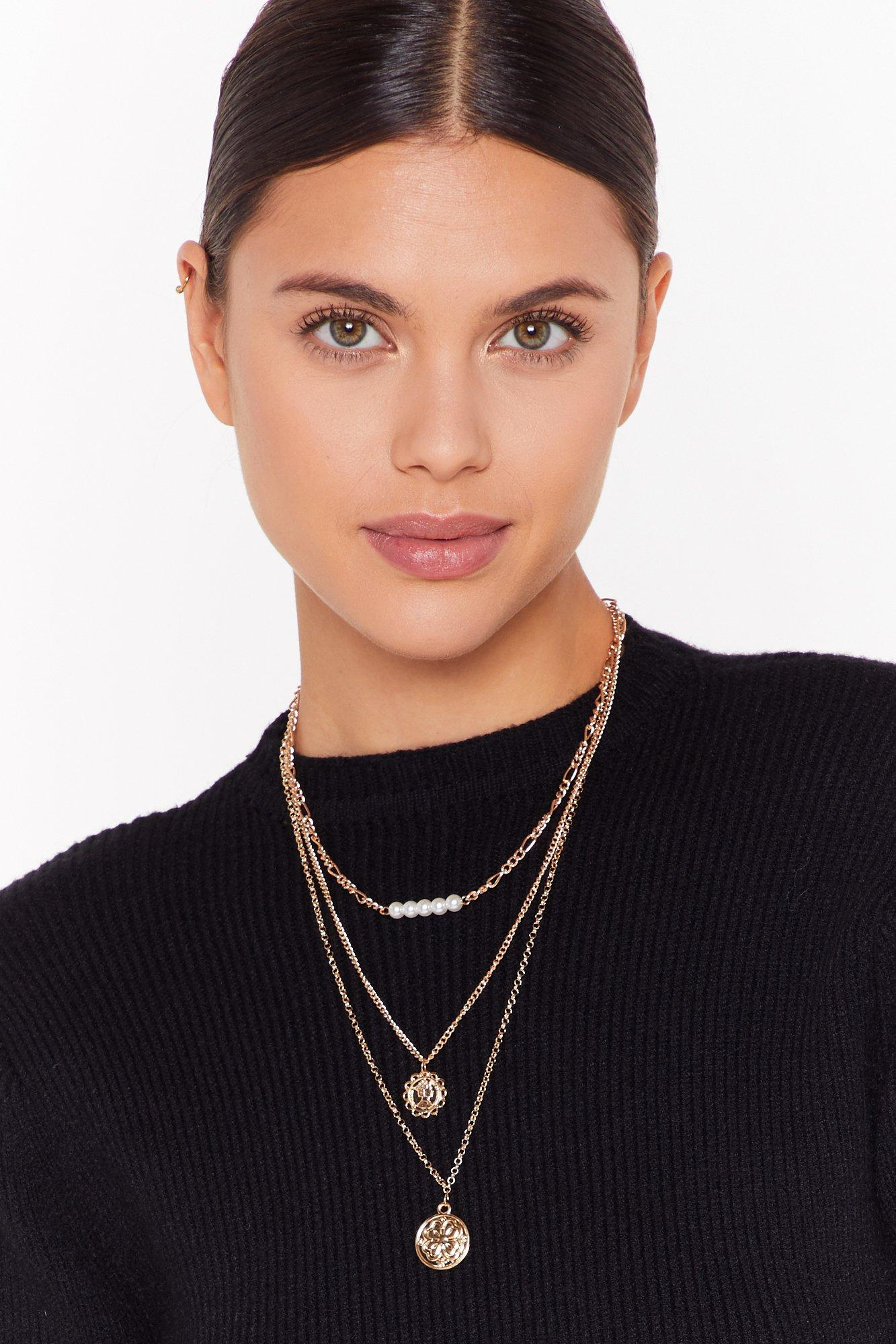 Image of Triple layer pearl pendant necklaces