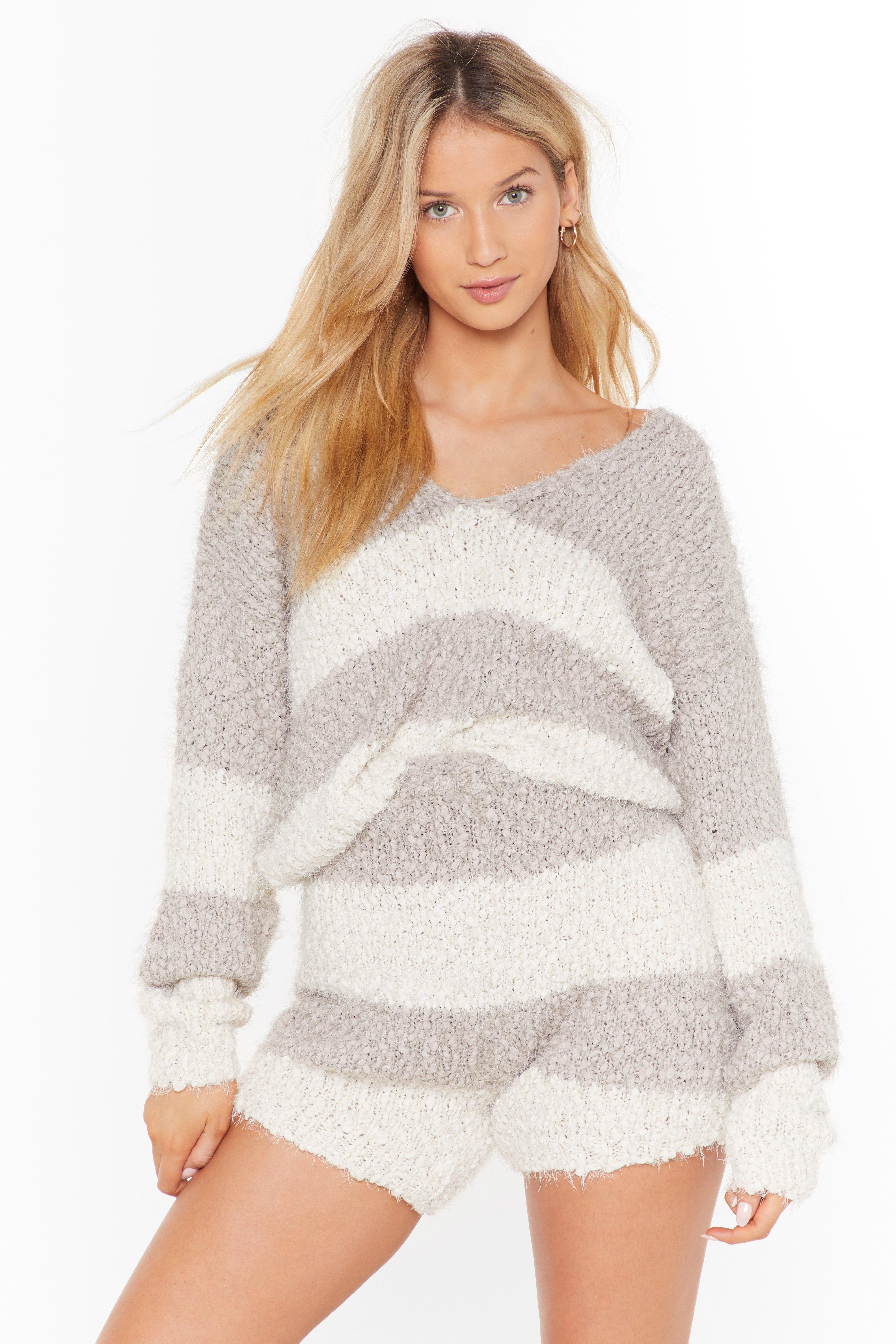 Image of Stripe tape yarn knitted lounge top & short set