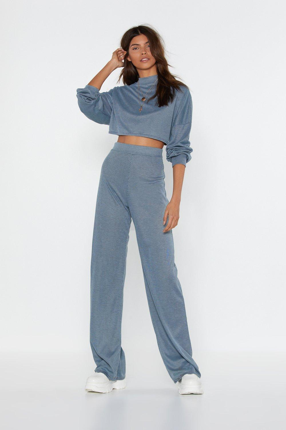 Image of Womens Back to Basics Crop Top and Pants Lounge Set - Blue
