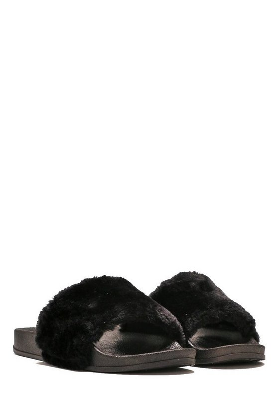 Soft Touch Faux Fur Slide Sandal