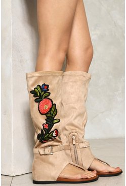 Sasha Embroidered Sandal