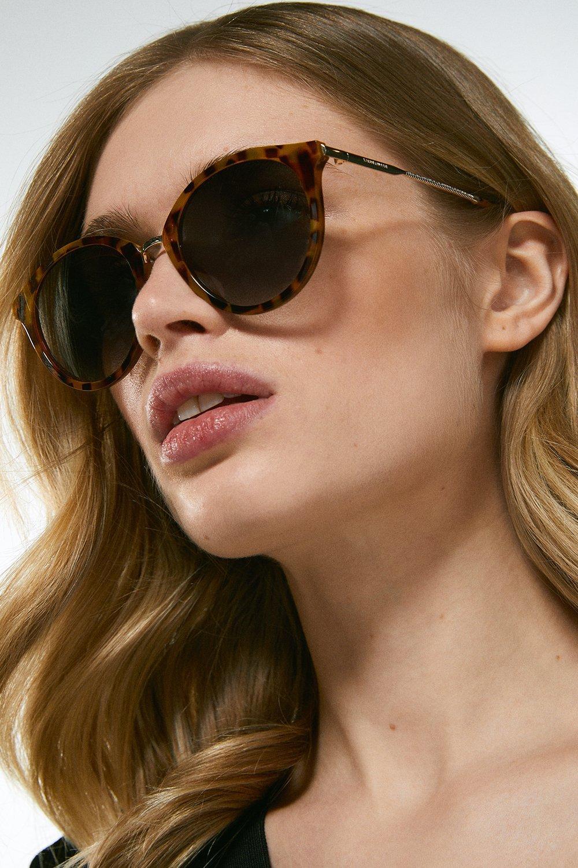 Karen Millen Metal Bridge Petite Round Sunglasses -, Beige