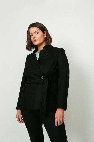 Black Curve Investment Notch Neck Short Coat