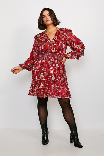 Burgundy Curve Paisley Print Shirred Dress
