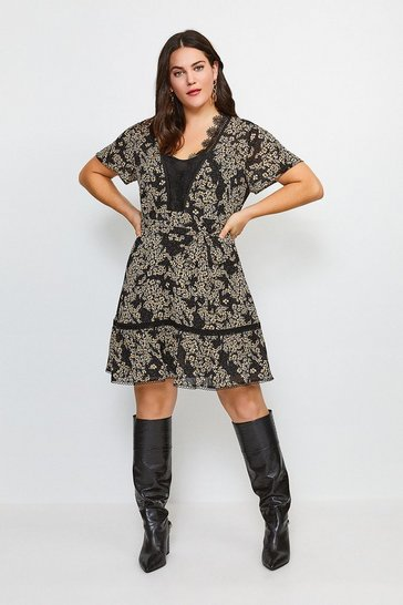Curve Ditsy Floral And Lace Dress