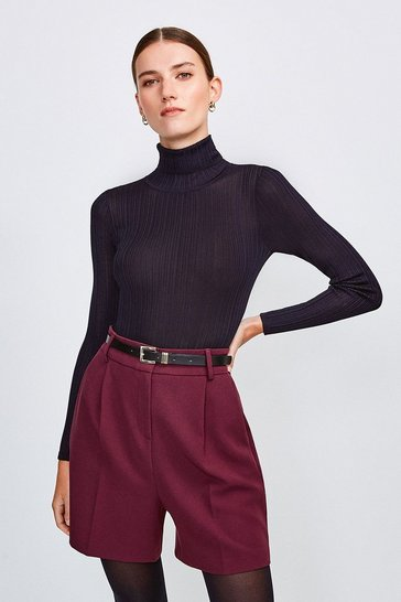Wine City Stretch Twill Belted Short