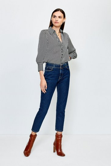 Dark wash Buckle Belt Highwaisted Jean