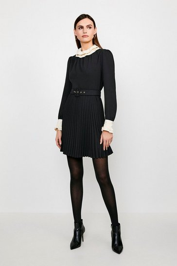 Black Contrast Frill Collar Pleated Dress