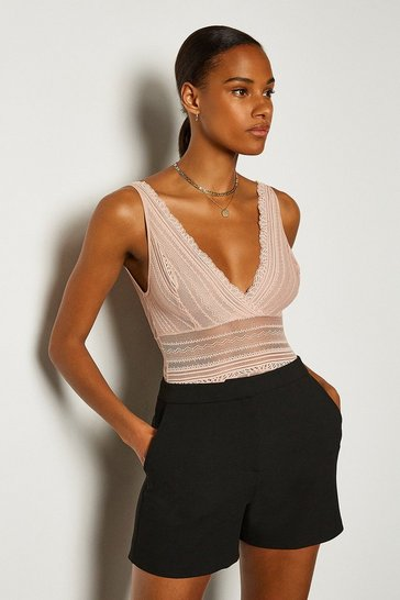 Blush Sleeveless Lace V-Front And Back Body