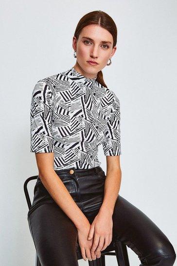 Black Viscose Jersey Short Sleeved Print Funnel Top