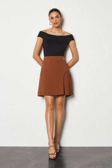 Brown Buckle Detail Pleated Mini Skirt
