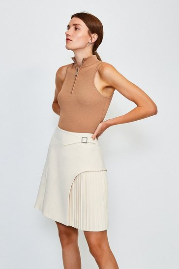 Cream Buckle Detail Pleated Mini Skirt