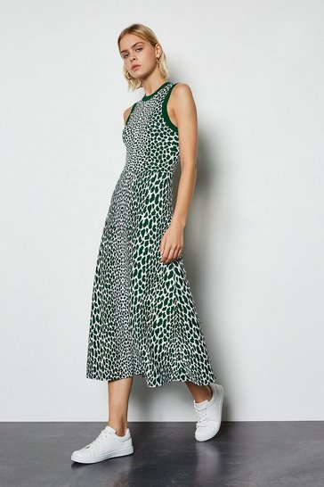 Green Sleeveless Leopard Flared Midi Knit Dress