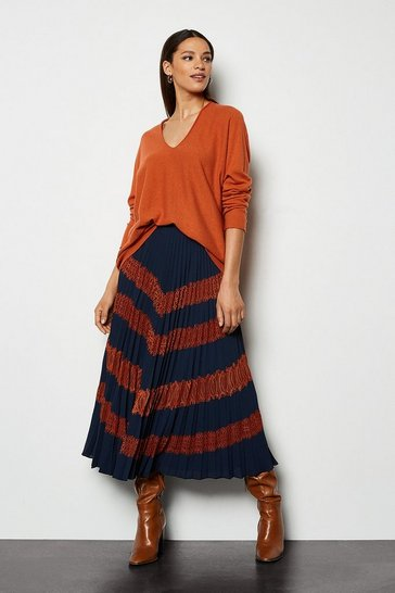 Multi Lace Applique Pleated Skirt