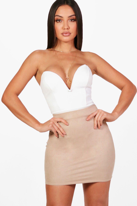 Womens Body mit tiefem Ausschnitt - Weiß - 32, Weiß - Boohoo.com