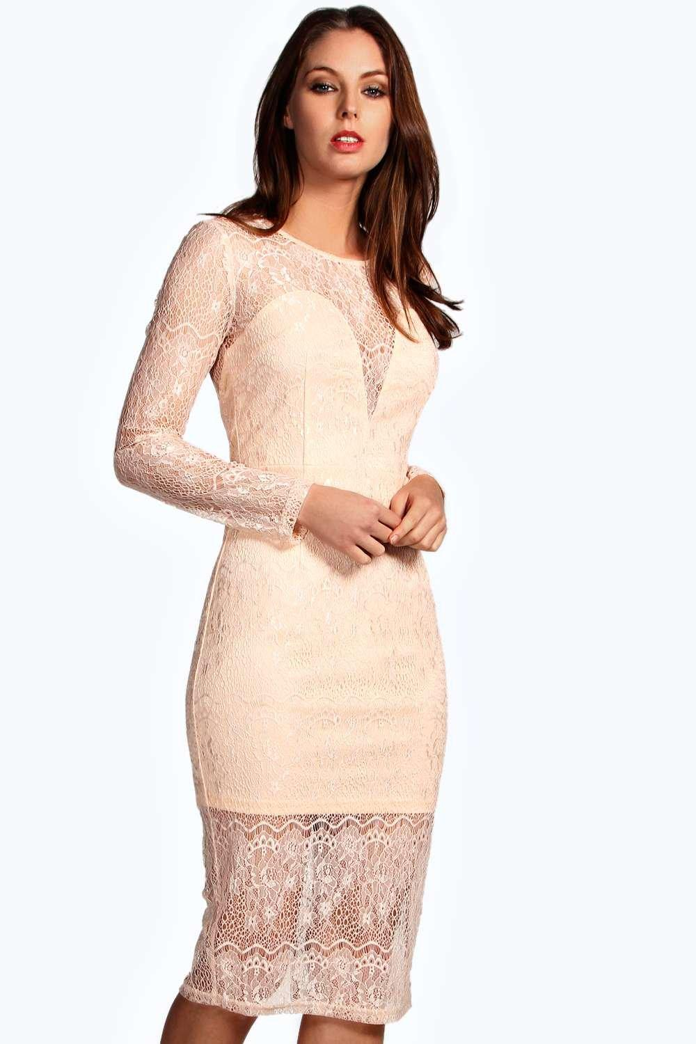 Boutique Annora Sweetheart Neckline Eyelash Lace Midi Dress