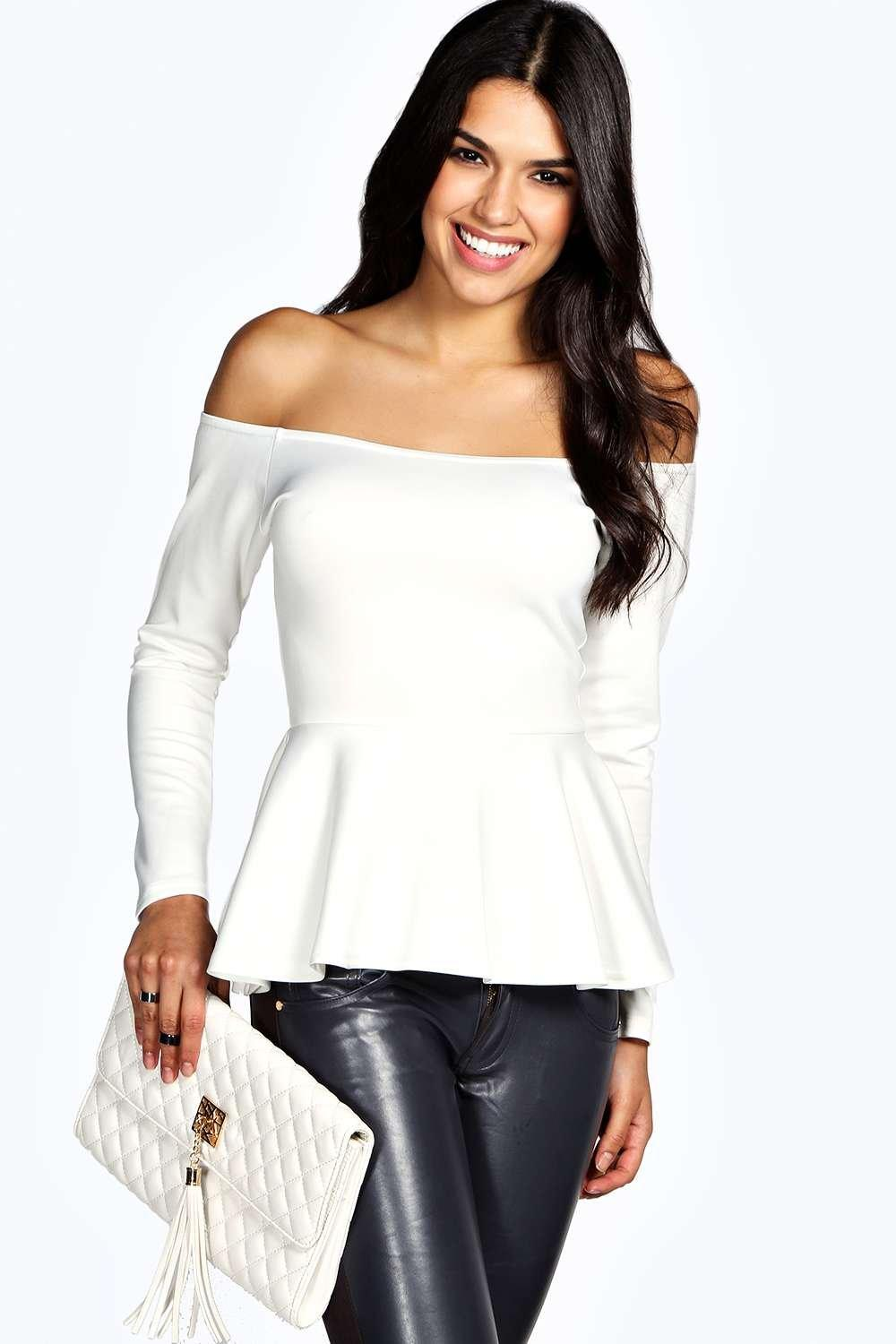 Women's Off-Shoulder Tops and Blouses From flowing to form-fitting, off-shoulder tanks, camis, or blouses for women are the new go-to style for teens and women alike. Show off one shoulder or two; the choice is up to you.