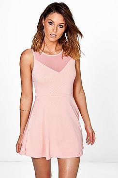 http://i1.adis.ws/i/boohooamplience/czz97946_pink_xl?$category_page$