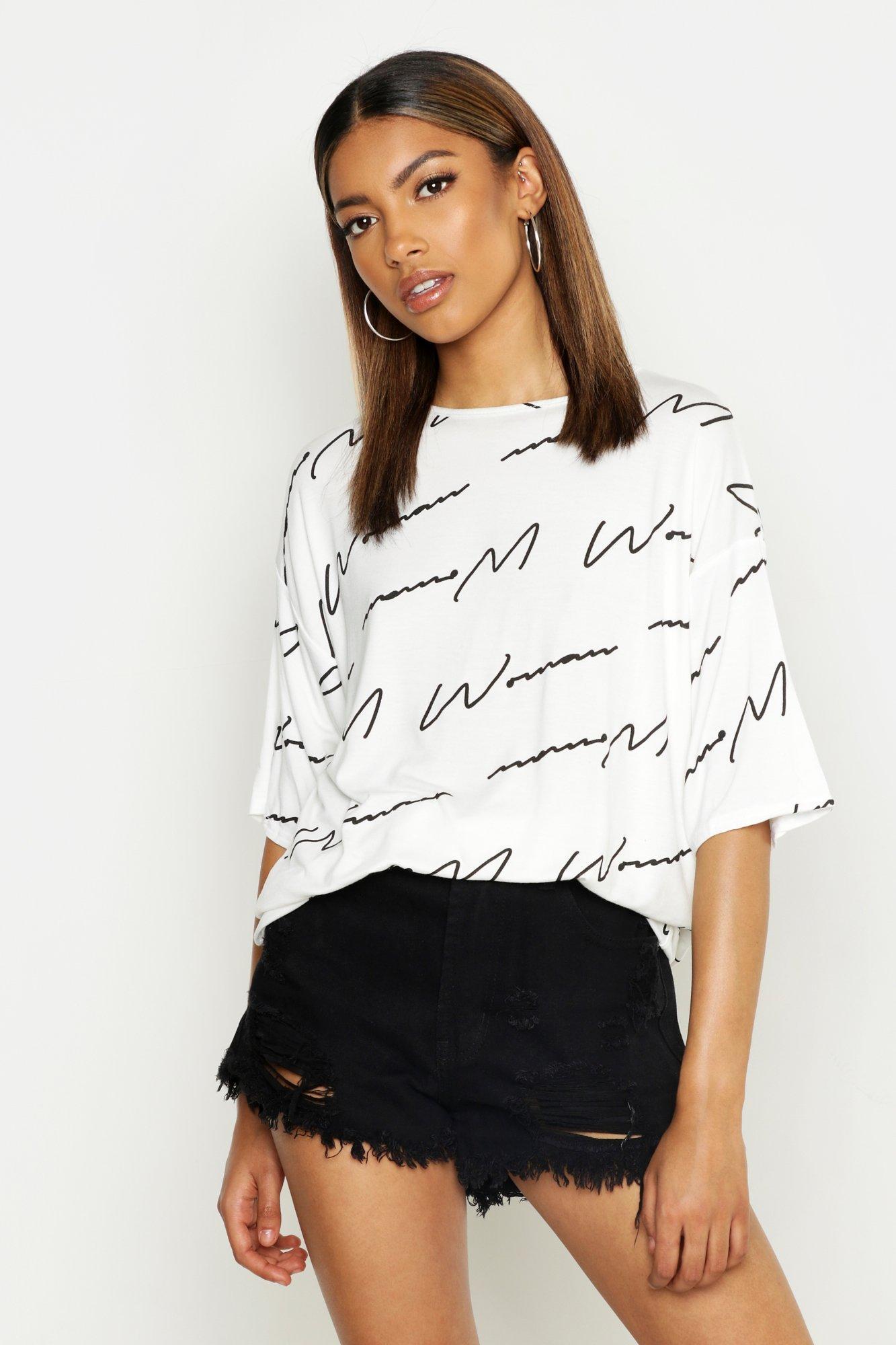Womens T-Shirt mit Schriftzug Woman - white - 18-20, White - Boohoo.com