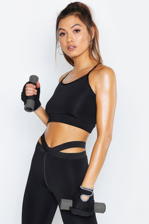 Купить Спортивная одежда, Для спорта Спортивный бюстгальтер Basic из дышащей ткани, boohoo
