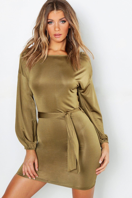 Купить К нам поступают платья, Облегающее платье с поясом и свободными рукавами, boohoo