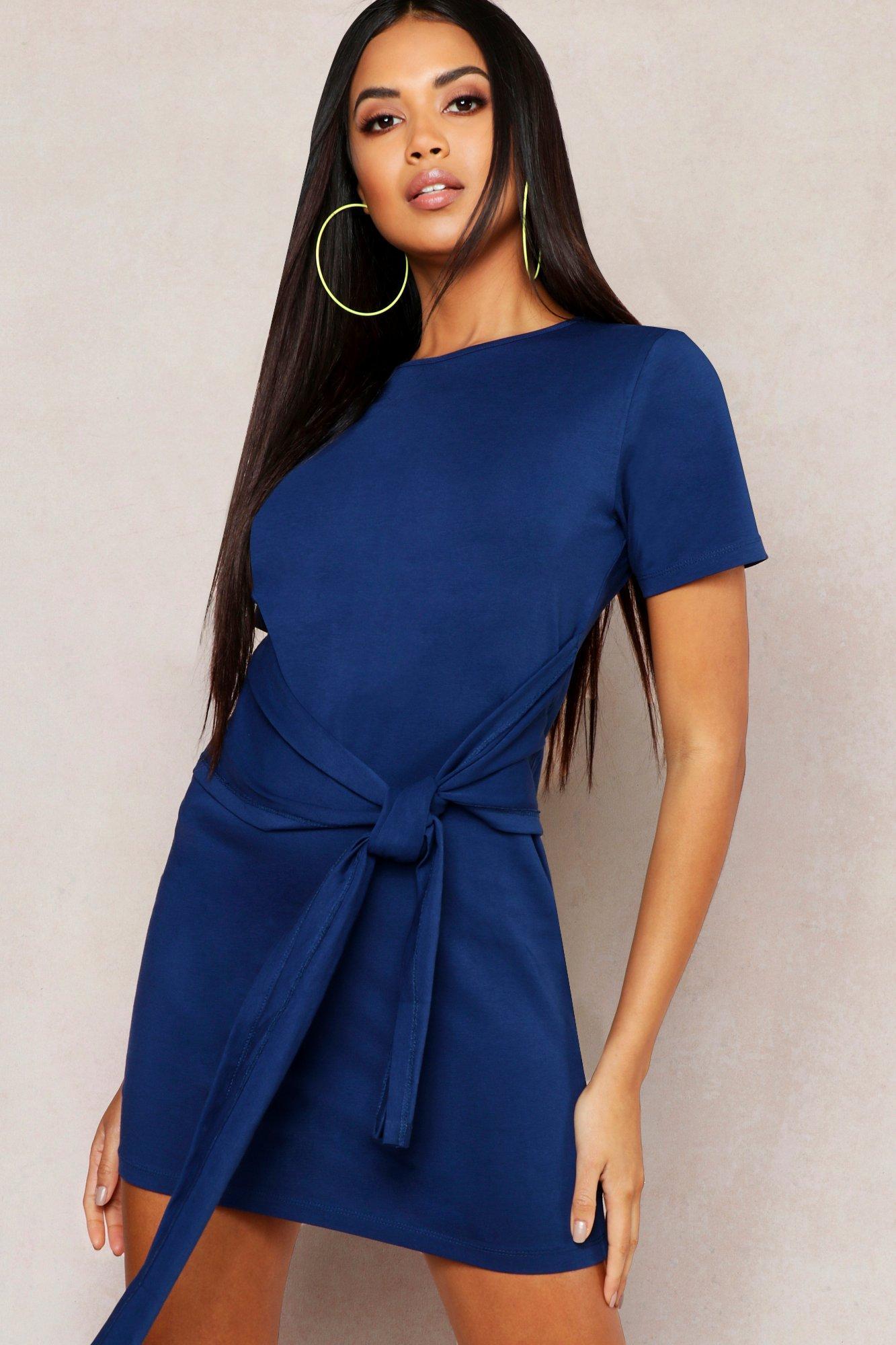 Womens T-Shirt-Kleid mit Taillenbindung - Denimblau - 50, Denimblau - Boohoo.com