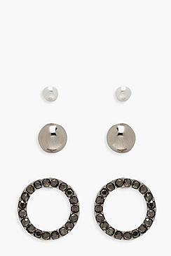 Confezione con orecchini a bottone e strass