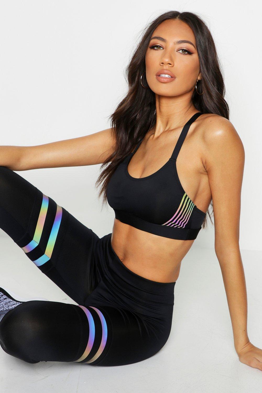 Womens FIT Medium Support Sport BHs mit irisierenden Streifen - schwarz - 34, Schwarz - Boohoo.com