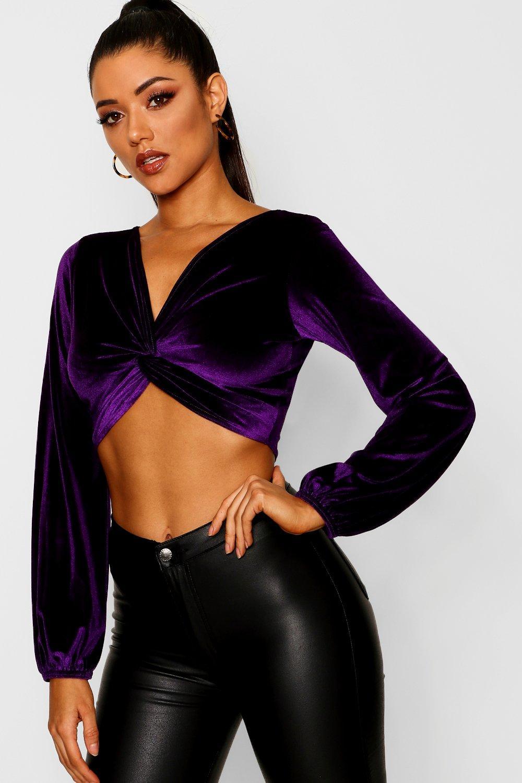 Womens Langärmeliges Kurztop aus Samt mit gedrehter Front - violett - 36, Violett - Boohoo.com
