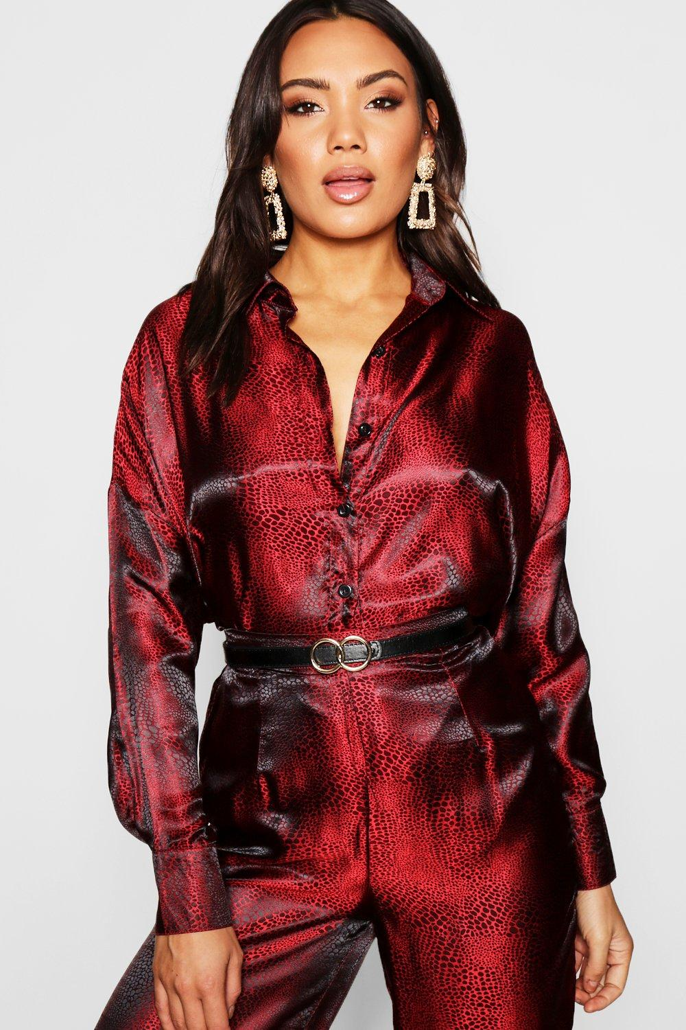 Womens Bluse in Jacquard-Optik mit Leopardenmuster - rot - 32, Rot - Boohoo.com