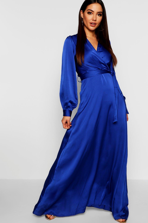 Купить К нам поступают платья, Атласные Макси-платье с запахом и поясом, boohoo