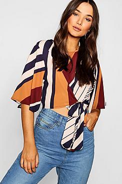 Bluse zum Schnüren mit diagonalen Streifen - Boohoo.com