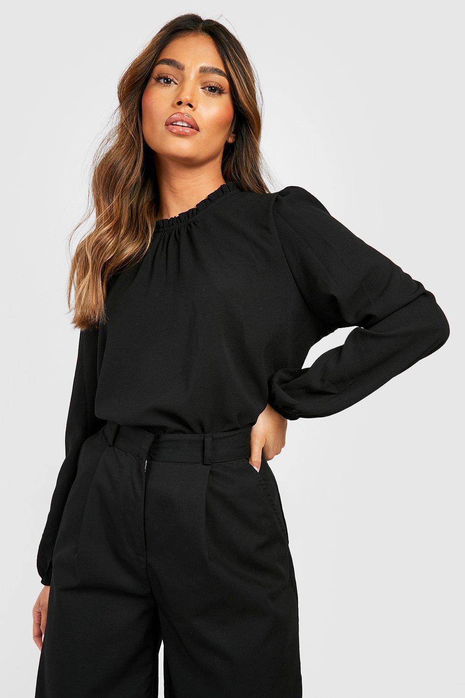 Womens Schlichte Shirt-Bluse mit hochgeschlossenem Rüschen-Kragen - schwarz - 34, Schwarz - Boohoo.com