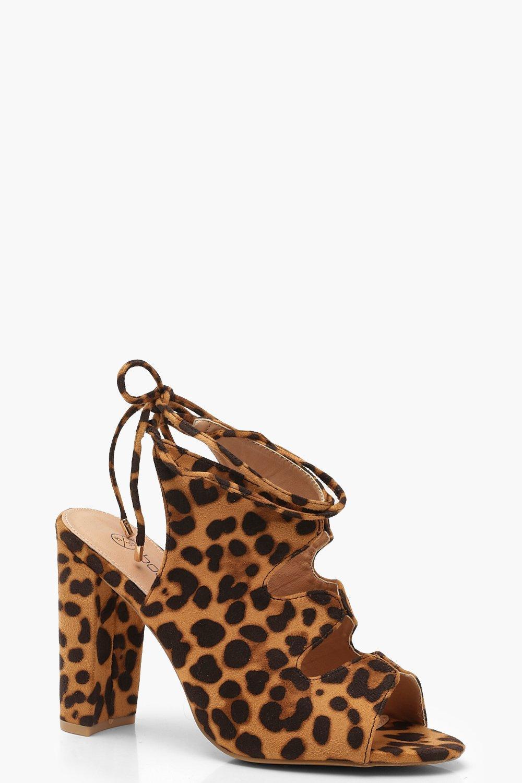 Купить со скидкой Ботильоны с вырезом на каблуке с леопардовым принтом на очень широкую ногу