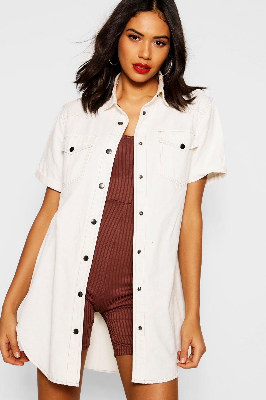 Womens Shirt aus Denim mit aufgerollten Ärmeln und Kontrastnaht - Naturfarben - 32, Naturfarben - Boohoo.com