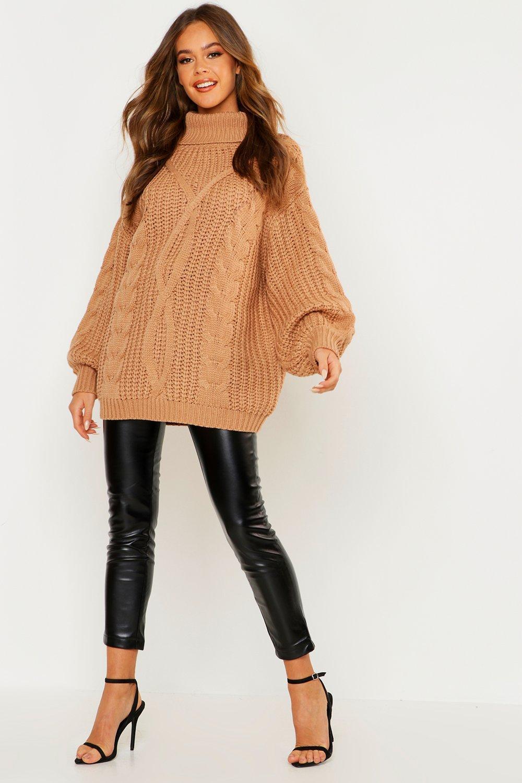 Womens Oversized Rollkragen Pullover mit Zopfmuster - camel - S/M, Camel - Boohoo.com