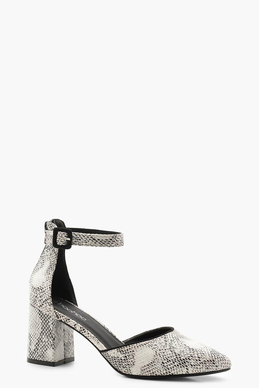 Купить со скидкой Балетки с остроконечным мыском на квадратном каблуке со змеиным узором
