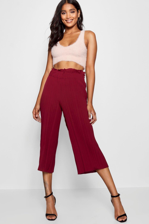 Trousers, Широкие брюки-кюлоты со складками, boohoo  - купить со скидкой