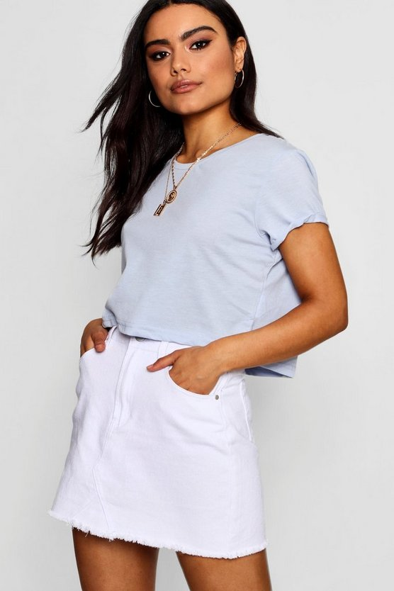 Isabelle Cropped Crew T Shirt by Boohoo