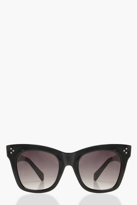 Oversized Black Frame Sunglasses