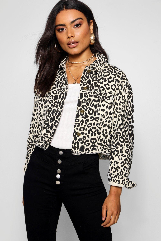Купить Coats & Jackets, Джинсовая куртка Nina с необработанным нижним краем из денима с леопардовым принтом, boohoo