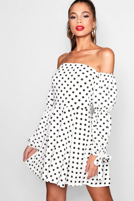 Kassie Spot Print Blouson Sleeve Skater Dress