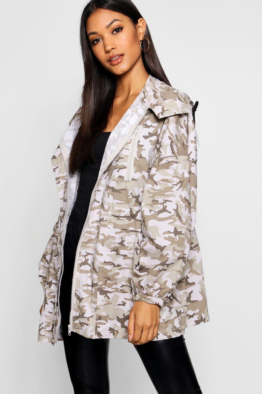 Купить со скидкой Рабочая куртка оверсайз с камуфляжным принтом